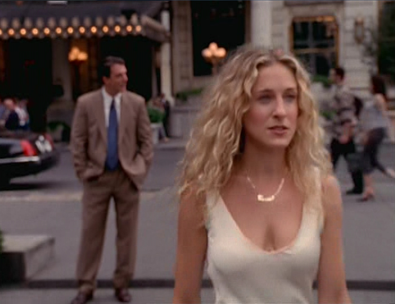 Charity Shop ChicCarrie Bradshaw Month 2: Your girl is lovely,Hubbell26 comments